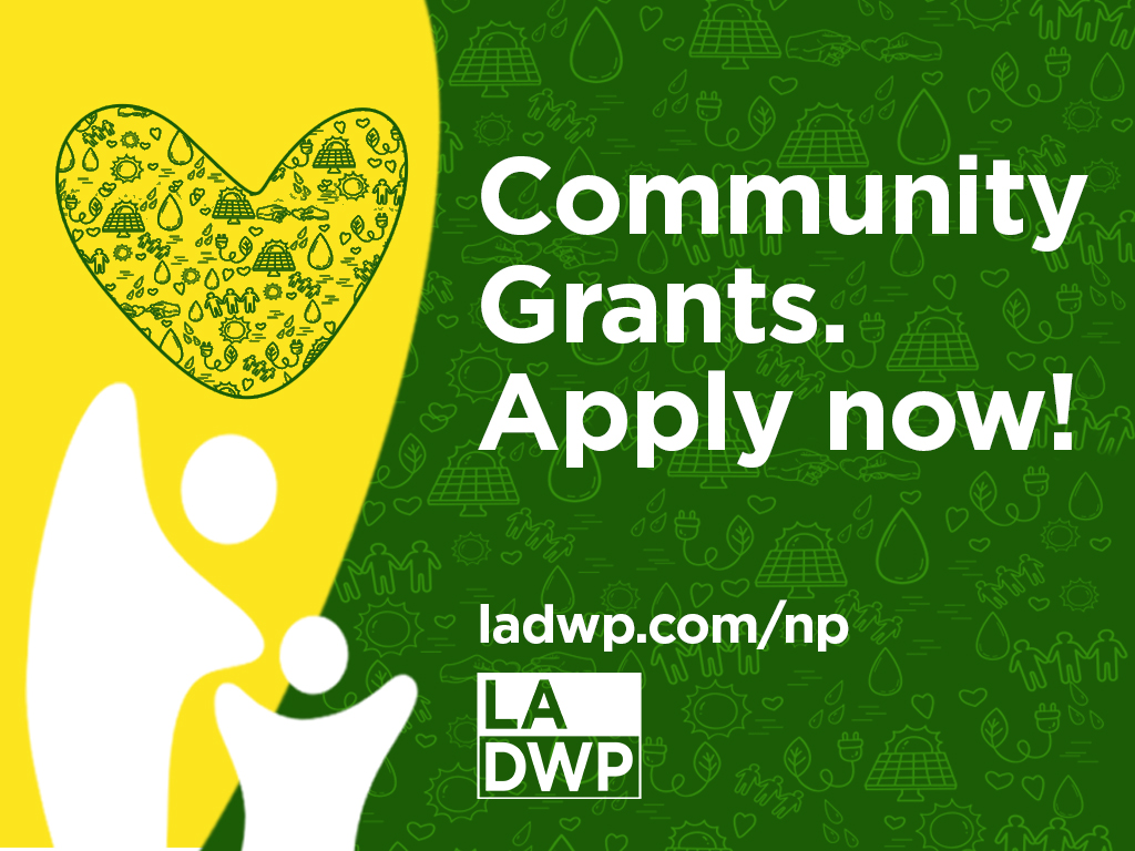 Graphic to show community grants. Apply now